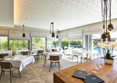 hotel de charme centre nyon suisse vue lac